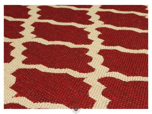 Moda Trellis Red Rugs 11 Detail