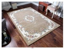 Royal Beige Rug 02 Roomshot